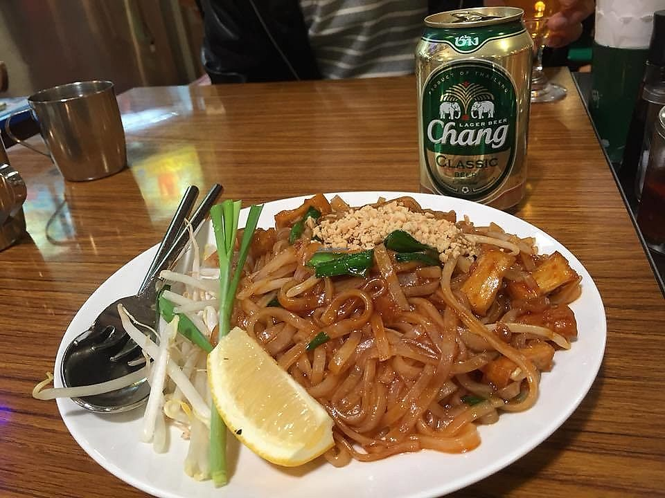 """Photo of Keawjal  by <a href=""""/members/profile/StarKodama"""">StarKodama</a> <br/>Pad Thai with beer <br/> March 21, 2018  - <a href='/contact/abuse/image/115260/374074'>Report</a>"""