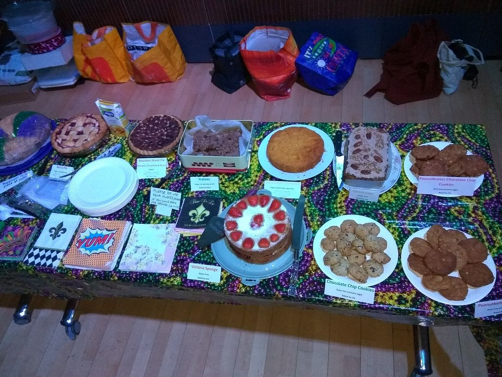 "Photo of Glasgow Jitterbugs  by <a href=""/members/profile/TrixieFirecracker"">TrixieFirecracker</a> <br/>Cake Hop, Feb 18: cake buffet table, mostly vegan <br/> March 22, 2018  - <a href='/contact/abuse/image/115381/374584'>Report</a>"