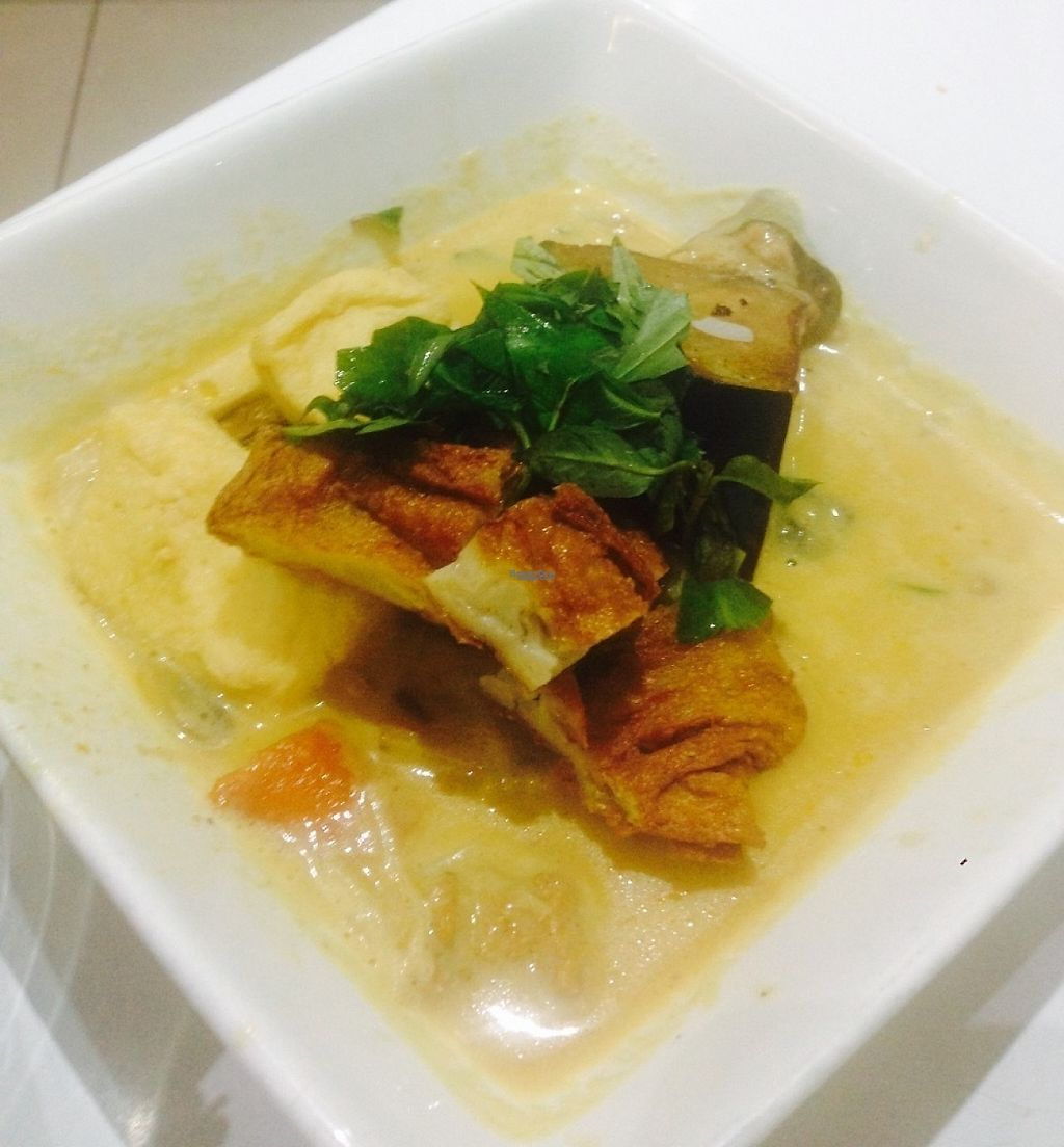 """Photo of Loving Hut  by <a href=""""/members/profile/NirvanaRoseWilliams"""">NirvanaRoseWilliams</a> <br/>Chicken and vegetable curry  <br/> April 14, 2017  - <a href='/contact/abuse/image/11553/247792'>Report</a>"""