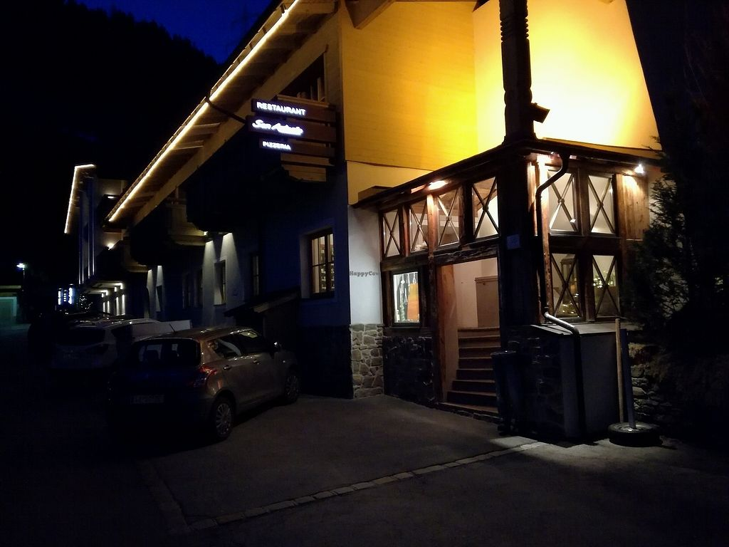 """Photo of Pizzeria San Antonio  by <a href=""""/members/profile/happytourist"""">happytourist</a> <br/>restaurant front at night <br/> April 10, 2018  - <a href='/contact/abuse/image/115682/383441'>Report</a>"""