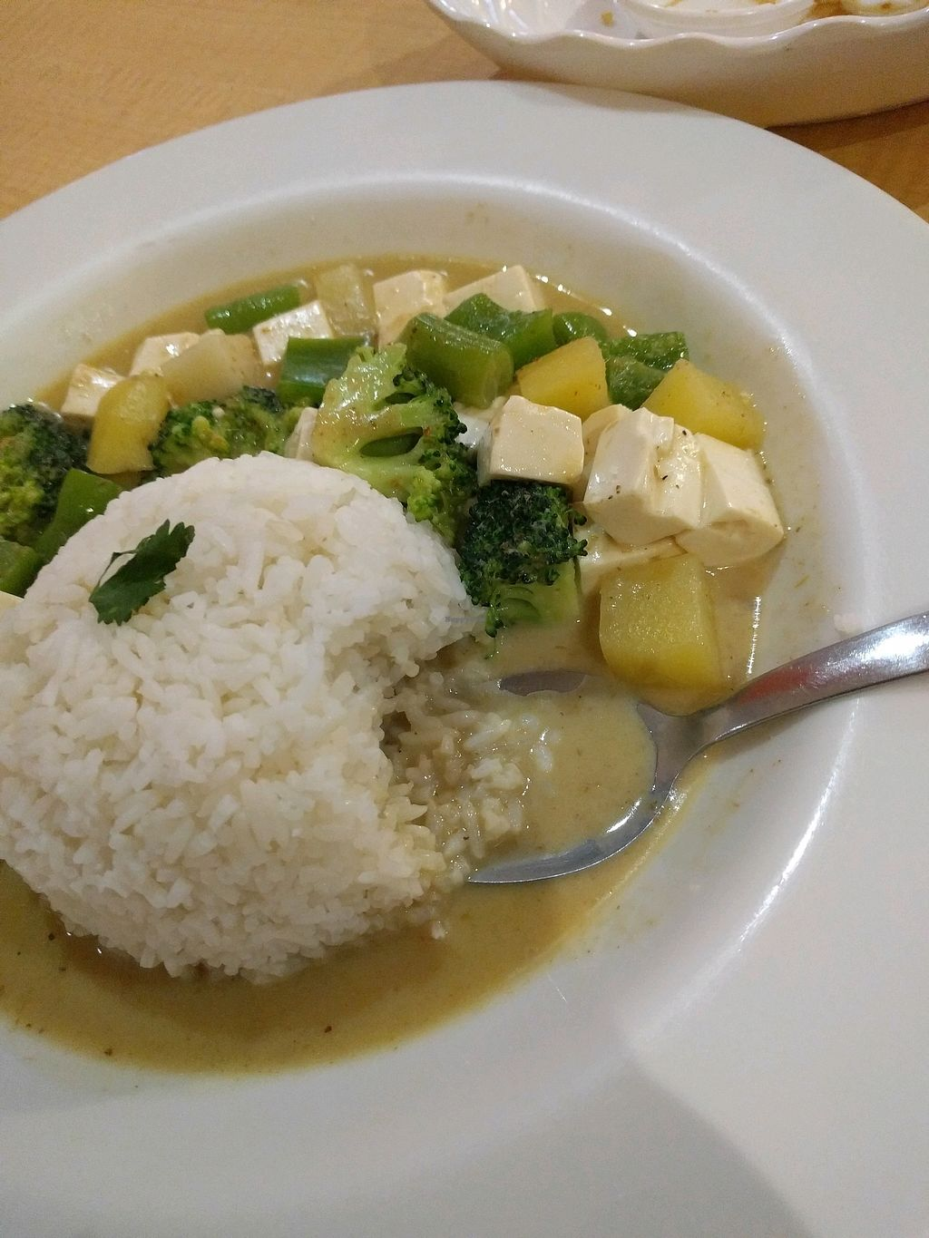 "Photo of Sukhi  by <a href=""/members/profile/gab"">gab</a> <br/>yellow curry with tofu (vegan)  <br/> March 26, 2018  - <a href='/contact/abuse/image/115750/376166'>Report</a>"