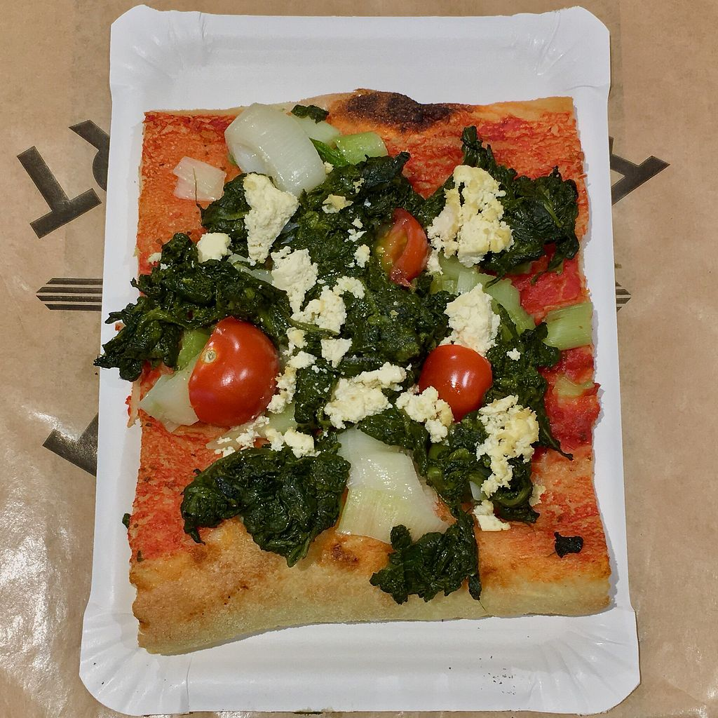 """Photo of Bistrot Geneve at Geneva Airport  by <a href=""""/members/profile/healthie.veggie"""">healthie.veggie</a> <br/>Vegan pizza (tofu, spinach, tomatoes and leek) <br/> April 1, 2018  - <a href='/contact/abuse/image/115955/379263'>Report</a>"""
