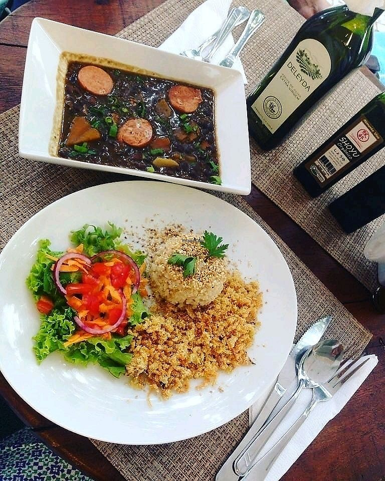 """Photo of Vida Bistro  by <a href=""""/members/profile/rapin"""">rapin</a> <br/>vegan feijoada <br/> March 28, 2018  - <a href='/contact/abuse/image/116013/377519'>Report</a>"""