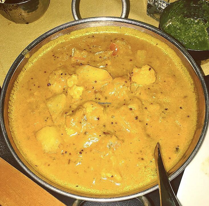 "Photo of Dakshin  by <a href=""/members/profile/Tabgreenvegan"">Tabgreenvegan</a> <br/>Aloo Gobi  <br/> March 29, 2018  - <a href='/contact/abuse/image/116020/377786'>Report</a>"