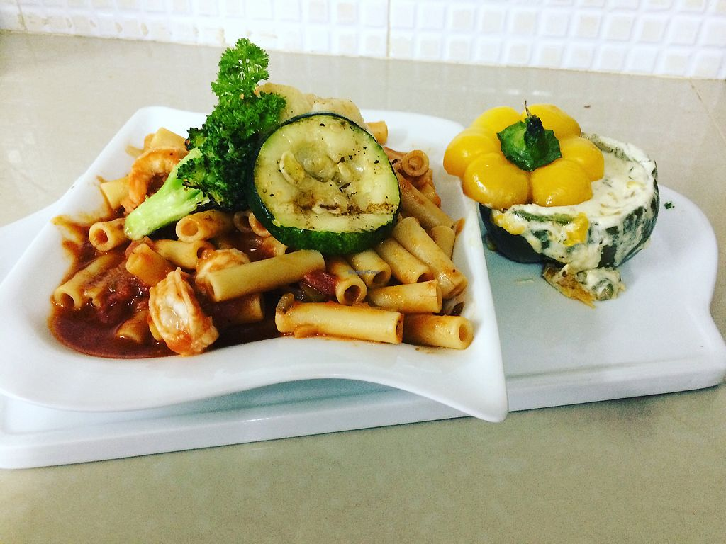 """Photo of Iguana Jaun's  by <a href=""""/members/profile/iguana-juans"""">iguana-juans</a> <br/>Vegetarian Ziti Pasta with grilled broccoli, zucchini and a queso and rice filled grilled stuffed pepper  <br/> April 19, 2018  - <a href='/contact/abuse/image/116286/387988'>Report</a>"""