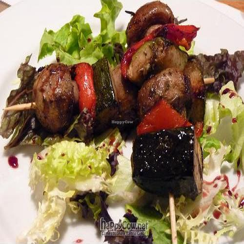 """Photo of Sarasate  by <a href=""""/members/profile/Nihacc"""">Nihacc</a> <br/>Marinated vegetables and mushroom brochettes <br/> December 11, 2010  - <a href='/contact/abuse/image/1162/6667'>Report</a>"""