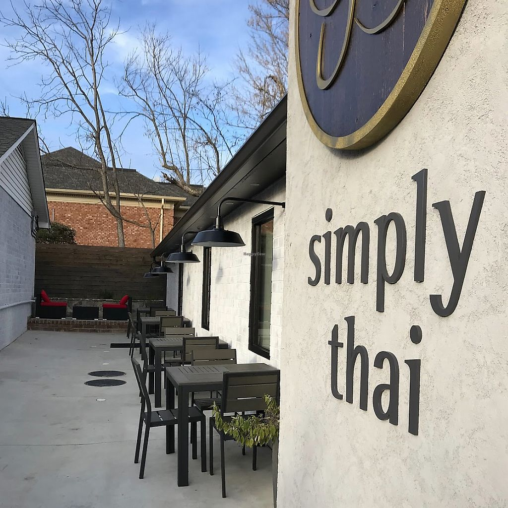 """Photo of Simply Thai and Sushi Bar  by <a href=""""/members/profile/rancidl"""">rancidl</a> <br/>Building <br/> April 3, 2018  - <a href='/contact/abuse/image/116429/380117'>Report</a>"""