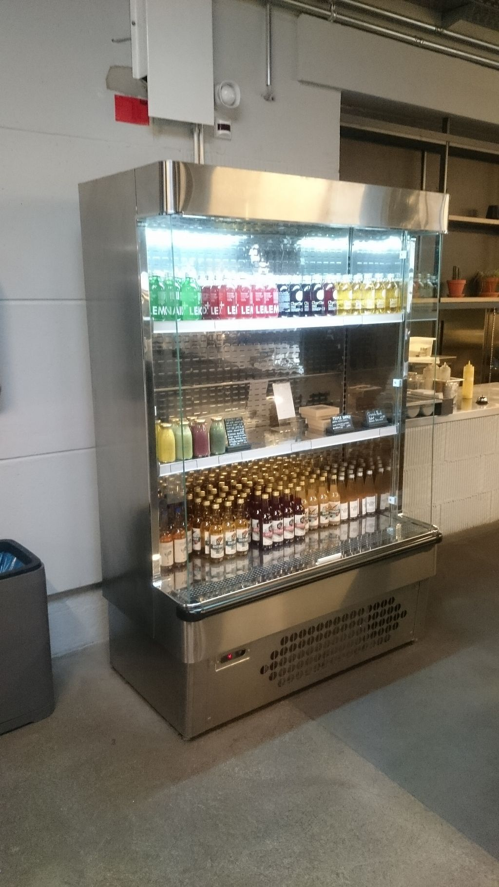 """Photo of LAB Kitchen  by <a href=""""/members/profile/chb-pbfp"""">chb-pbfp</a> <br/>Drinks <br/> April 3, 2018  - <a href='/contact/abuse/image/116539/380343'>Report</a>"""