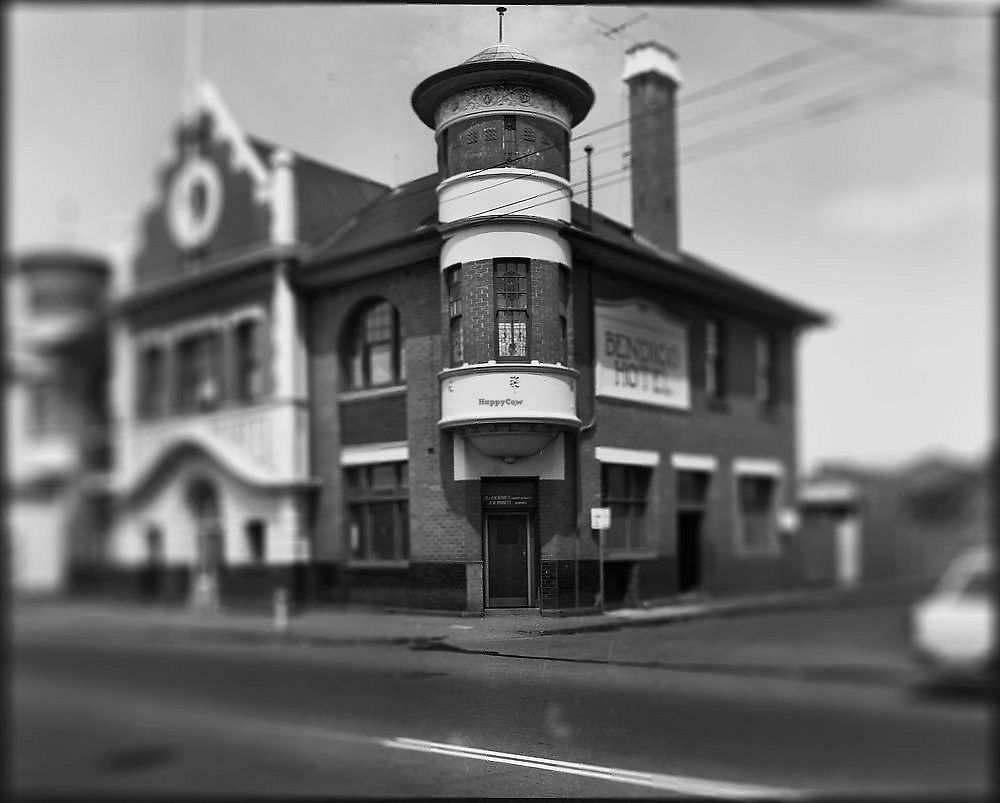 """Photo of Bendigo Hotel  by <a href=""""/members/profile/verbosity"""">verbosity</a> <br/>The Bendigo Hotel <br/> April 3, 2018  - <a href='/contact/abuse/image/116587/380099'>Report</a>"""