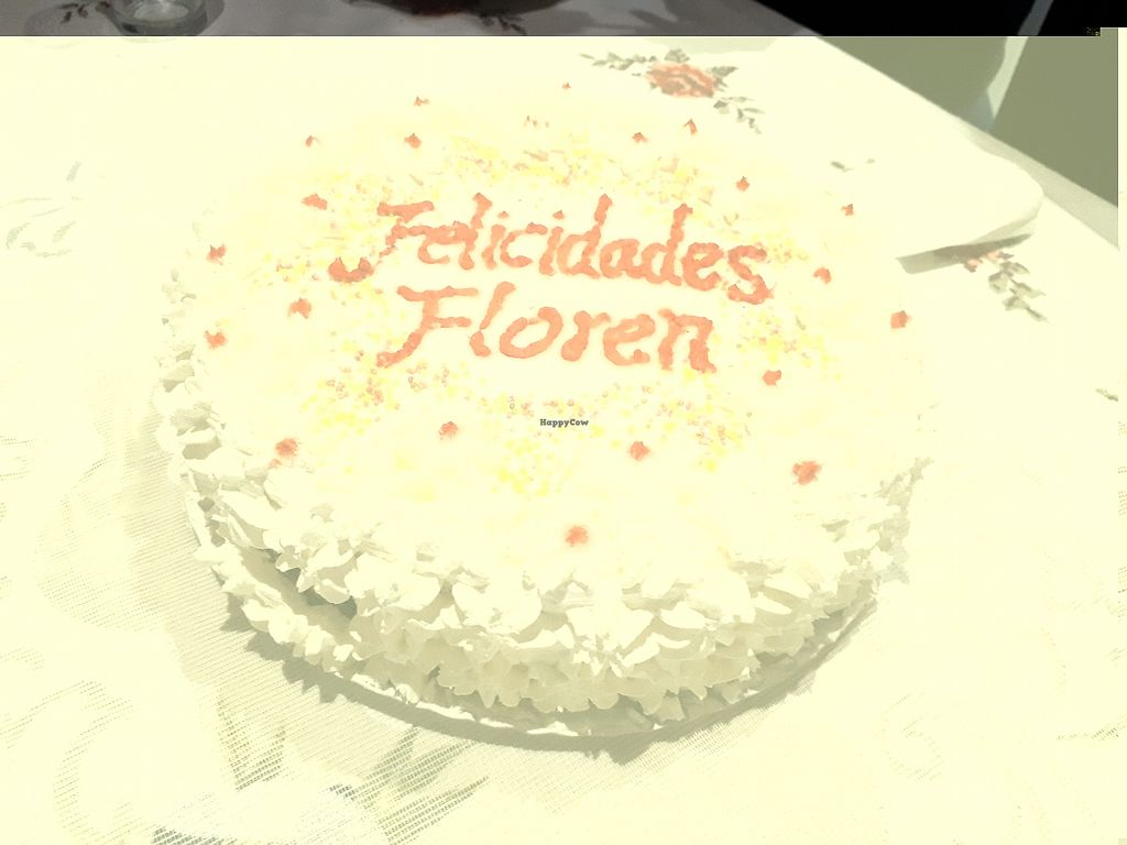 "Photo of Loving Hut - Valencia  by <a href=""/members/profile/Floren"">Floren</a> <br/>Feliz cumpleaños  <br/> December 28, 2017  - <a href='/contact/abuse/image/1167/340250'>Report</a>"