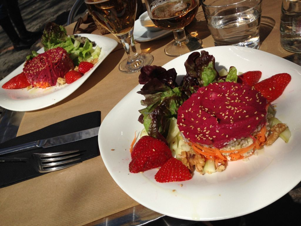 """Photo of La Tastaolletes  by <a href=""""/members/profile/Jolaaa"""">Jolaaa</a> <br/>Amazing starter-buckwheat,beetrote,strawberries,wallnuts <br/> March 16, 2016  - <a href='/contact/abuse/image/11681/140195'>Report</a>"""