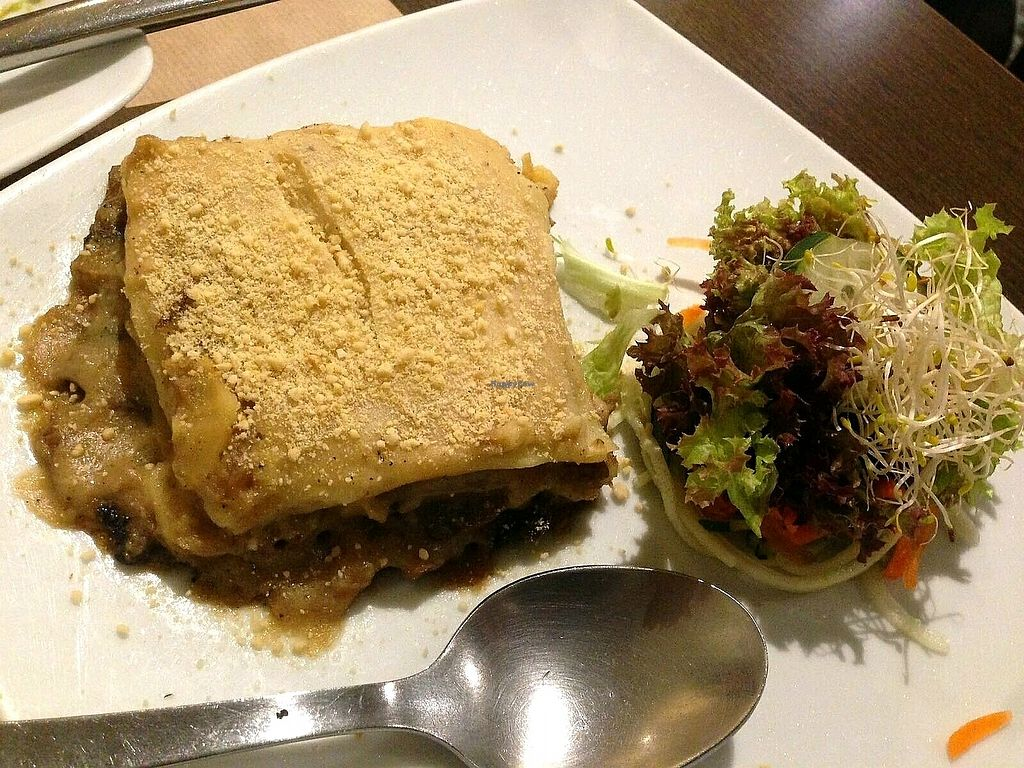 """Photo of La Tastaolletes  by <a href=""""/members/profile/wyrd"""">wyrd</a> <br/>vegan lasagna with mushrooms <br/> October 15, 2017  - <a href='/contact/abuse/image/11681/315522'>Report</a>"""
