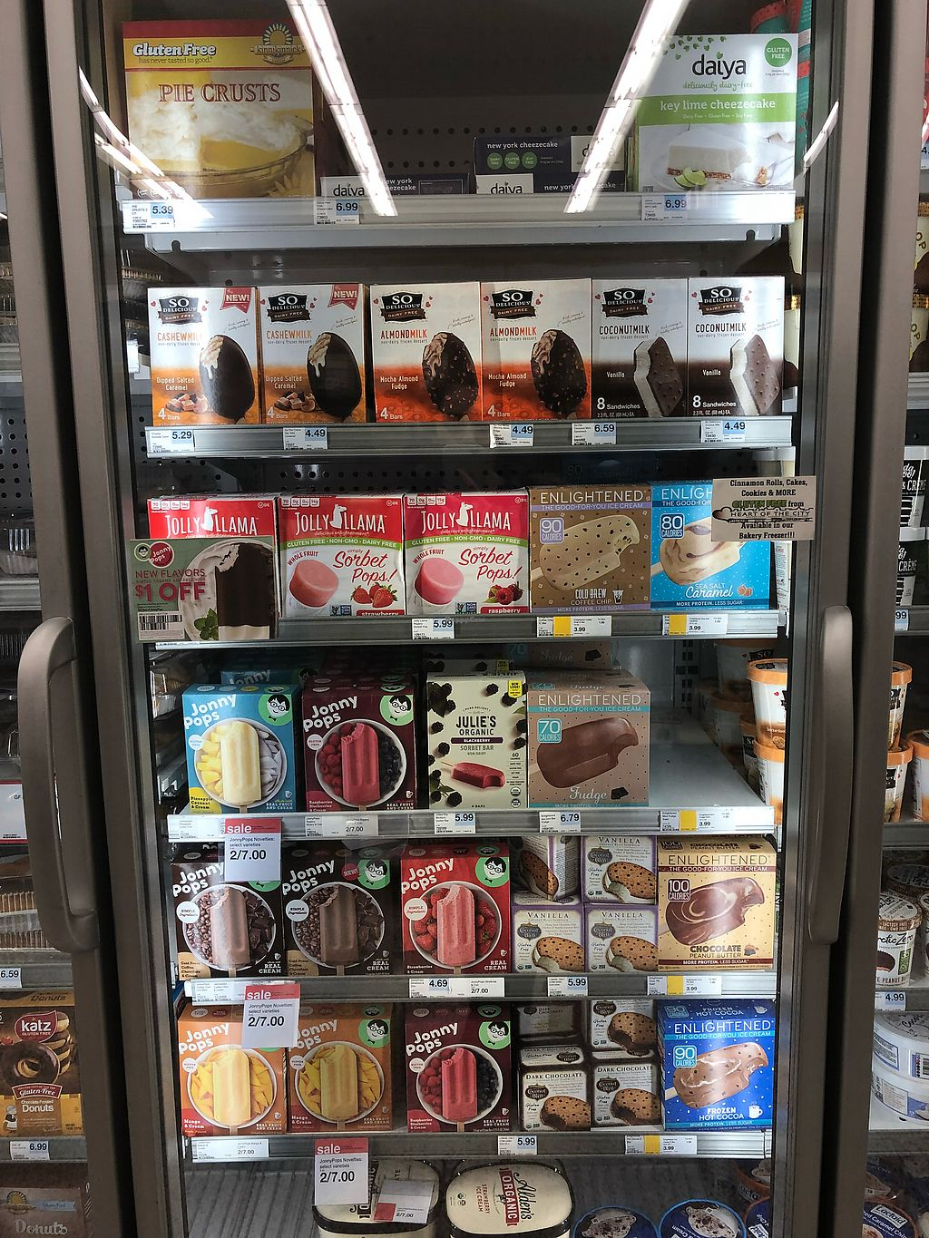"Photo of Hy-Vee  by <a href=""/members/profile/Jadediana"">Jadediana</a> <br/>Treats! Includes some fruit options, Ben and jerry, so delicious, Daiya treats <br/> April 14, 2018  - <a href='/contact/abuse/image/116860/385506'>Report</a>"