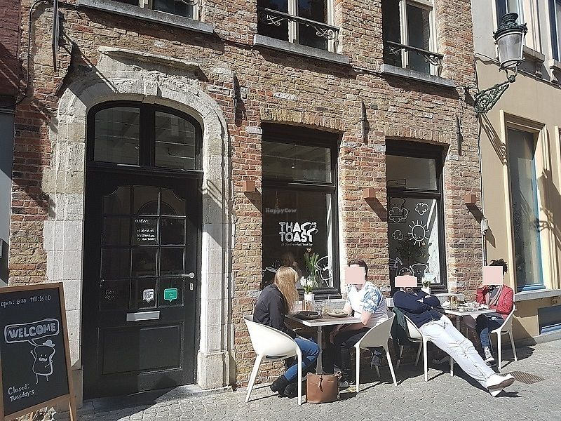 """Photo of That's Toast  by <a href=""""/members/profile/TrudiBruges"""">TrudiBruges</a> <br/>front terrace (there's also one at the back) <br/> April 13, 2018  - <a href='/contact/abuse/image/116988/384947'>Report</a>"""