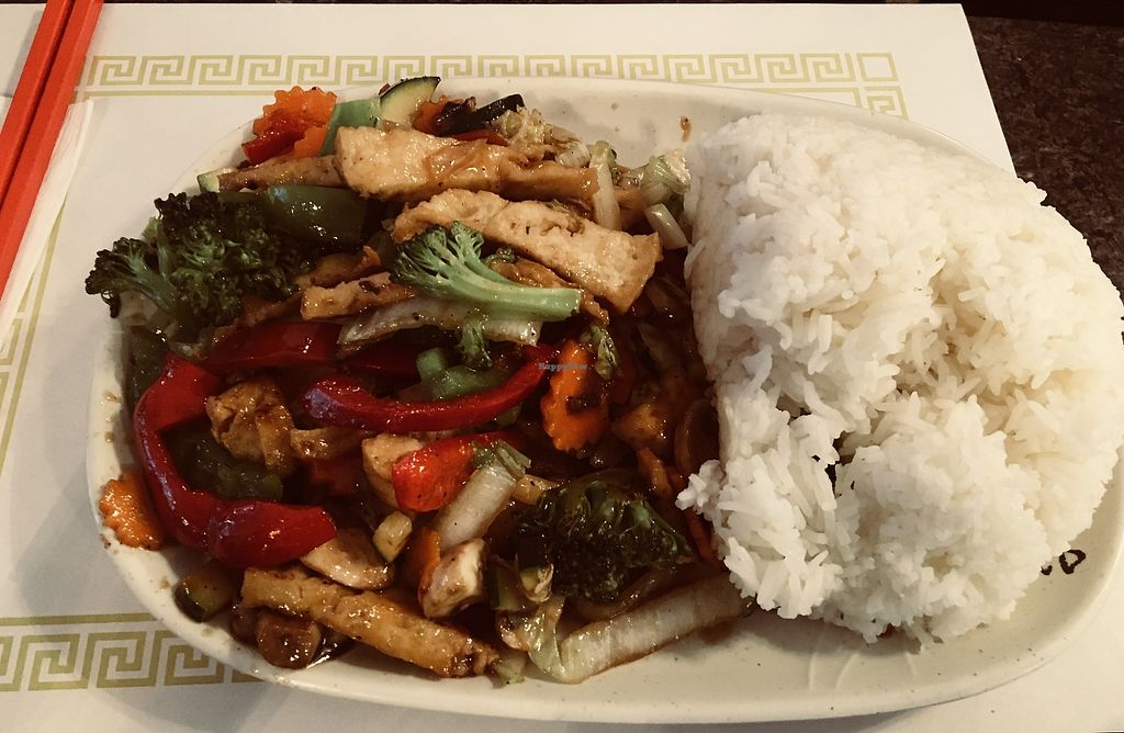 """Photo of Chopstix Vietnamese Restaurant  by <a href=""""/members/profile/Clean%26Green"""">Clean&Green</a> <br/>Organic tofu with lemon grass & veggies <br/> April 12, 2018  - <a href='/contact/abuse/image/117569/384715'>Report</a>"""