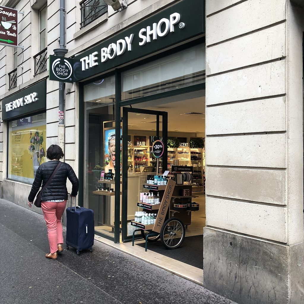 """Photo of The Body Shop - Provence  by <a href=""""/members/profile/TARAMCDONALD"""">TARAMCDONALD</a> <br/>Exterior of shop <br/> April 12, 2018  - <a href='/contact/abuse/image/117587/384748'>Report</a>"""