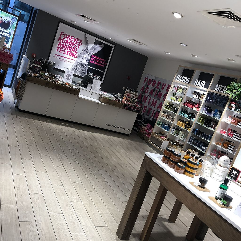 """Photo of The Body Shop - Provence  by <a href=""""/members/profile/TARAMCDONALD"""">TARAMCDONALD</a> <br/>Inside shop, very large branch of body shop  <br/> April 12, 2018  - <a href='/contact/abuse/image/117587/384750'>Report</a>"""