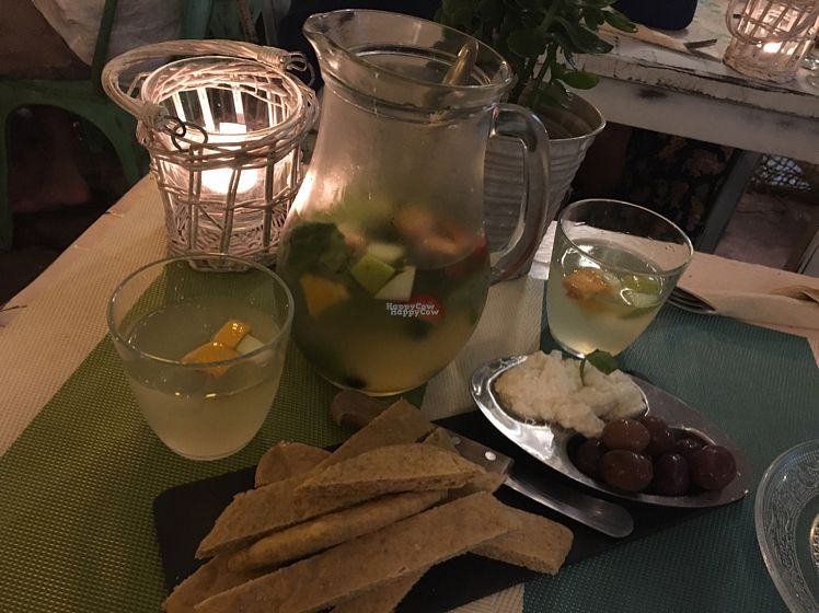 """Photo of CLOSED: Out of Time People  by <a href=""""/members/profile/Noe"""">Noe</a> <br/>agua con frutas y aceites esenciales....riquisima! <br/> September 20, 2016  - <a href='/contact/abuse/image/11759/177016'>Report</a>"""