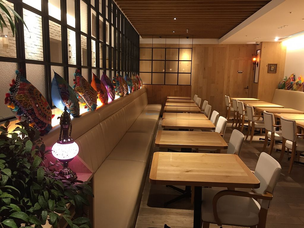 "Photo of Nataraj - Harajuku Omotesando  by <a href=""/members/profile/Patra"">Patra</a> <br/>seat in restaurant <br/> April 14, 2018  - <a href='/contact/abuse/image/117610/385834'>Report</a>"