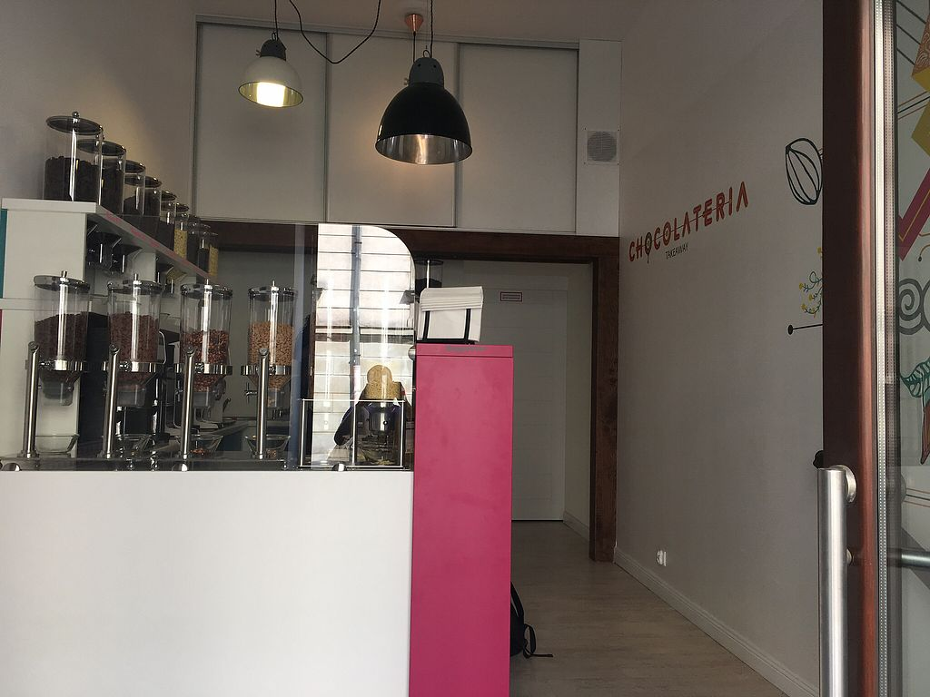 """Photo of Chocolateria  by <a href=""""/members/profile/AdRock"""">AdRock</a> <br/> April 17, 2018  - <a href='/contact/abuse/image/117630/387039'>Report</a>"""