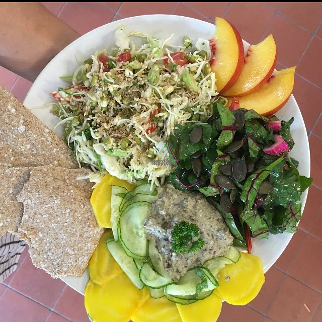 """Photo of Källan Ekobutik & Ekocafe  by <a href=""""/members/profile/Ida_Nilsson"""">Ida_Nilsson</a> <br/>Dagens lunch <br/> October 6, 2016  - <a href='/contact/abuse/image/1191/180050'>Report</a>"""