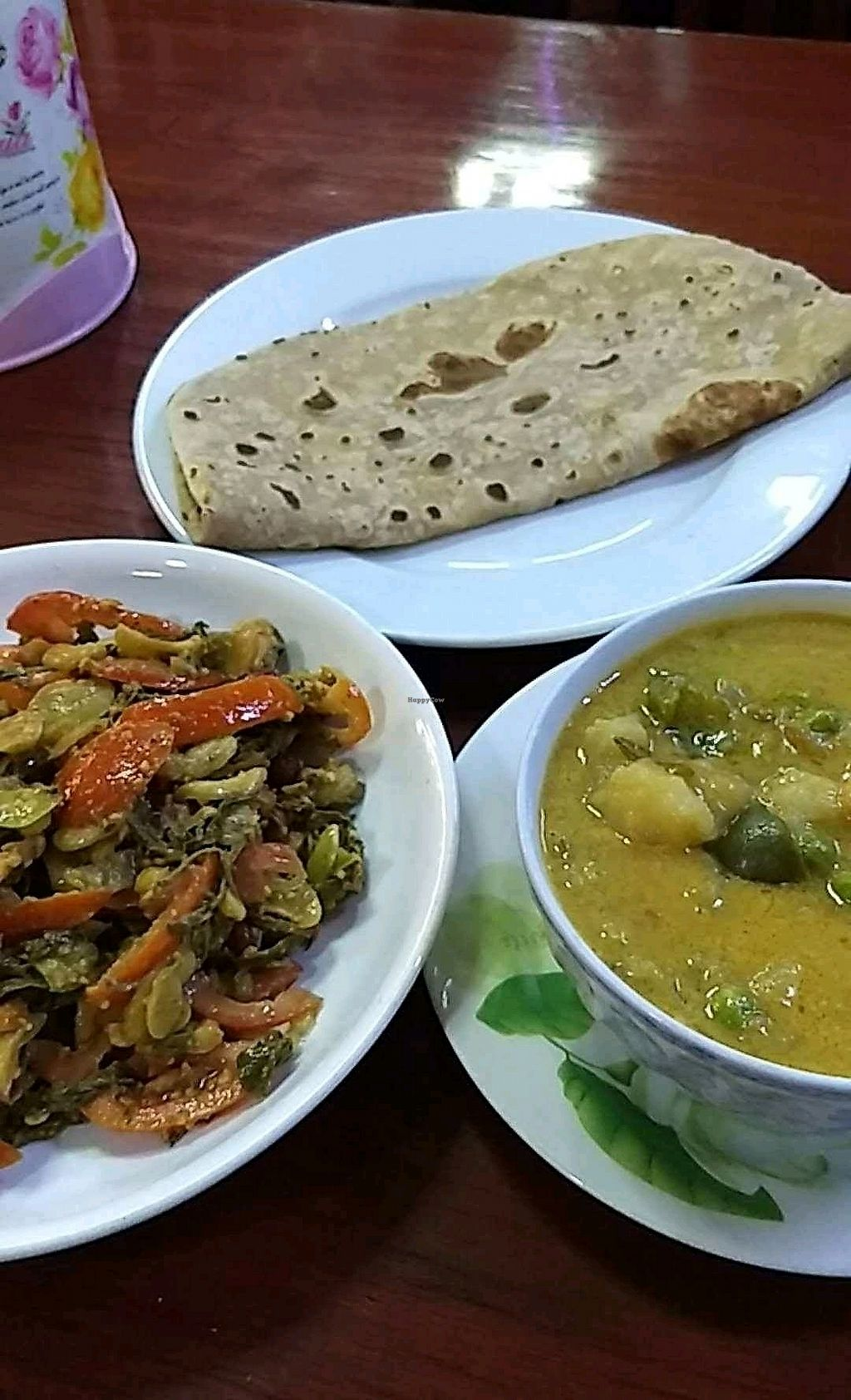 """Photo of Marie Min  by <a href=""""/members/profile/mugcake"""">mugcake</a> <br/>tea leaf salad (3000k - recommend!), potato curry (4000k) and chappati (500k) <br/> October 13, 2017  - <a href='/contact/abuse/image/11956/314854'>Report</a>"""