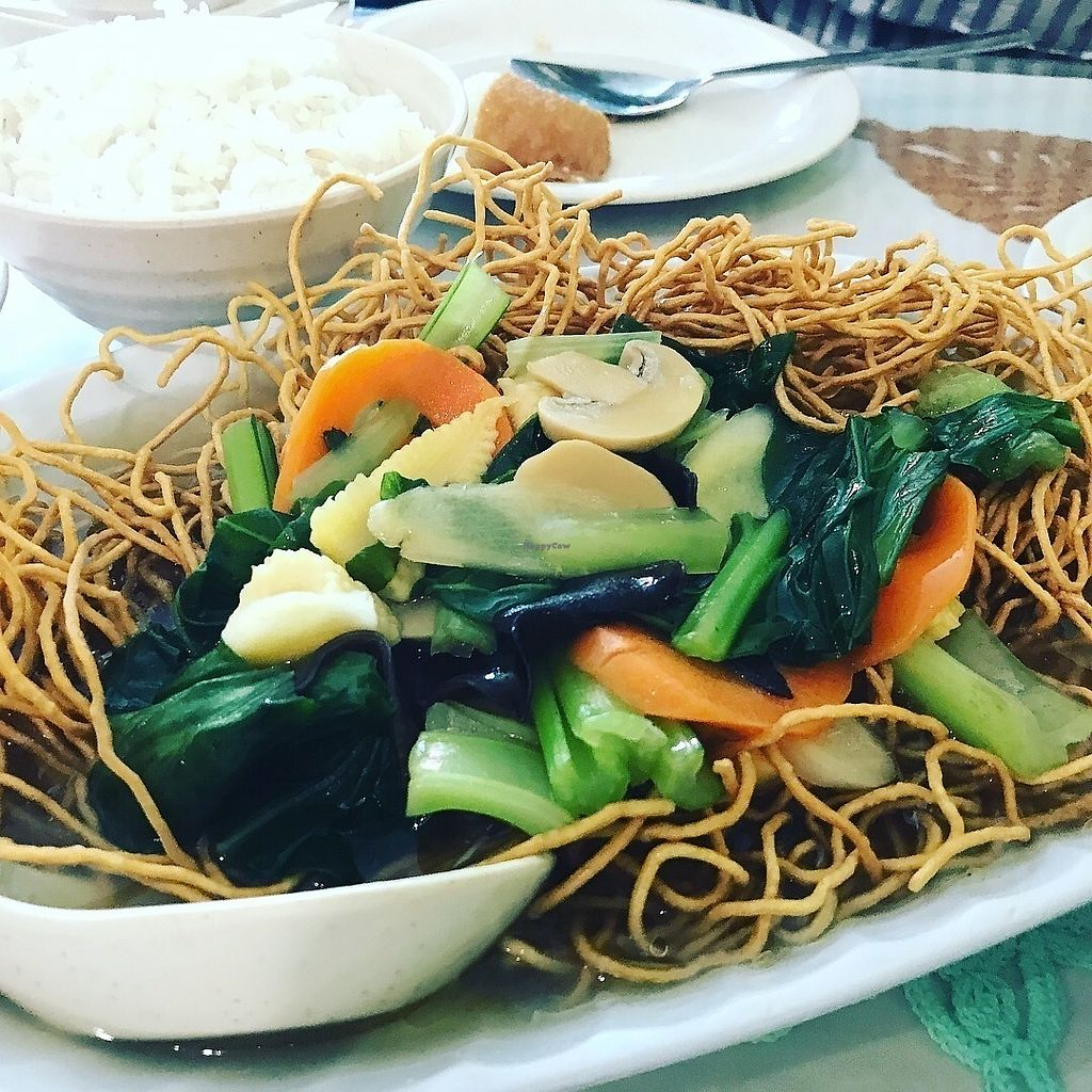 """Photo of Xin Fu Tien Vegetarian Restaurant  by <a href=""""/members/profile/neilmadhvani"""">neilmadhvani</a> <br/>Crispy noodles <br/> December 27, 2017  - <a href='/contact/abuse/image/12028/339636'>Report</a>"""