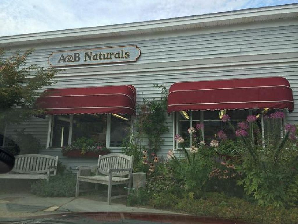 "Photo of A and B Naturals  by <a href=""/members/profile/academyspatula"">academyspatula</a> <br/>A&B Naturals storefront <br/> August 31, 2014  - <a href='/contact/abuse/image/12070/78765'>Report</a>"