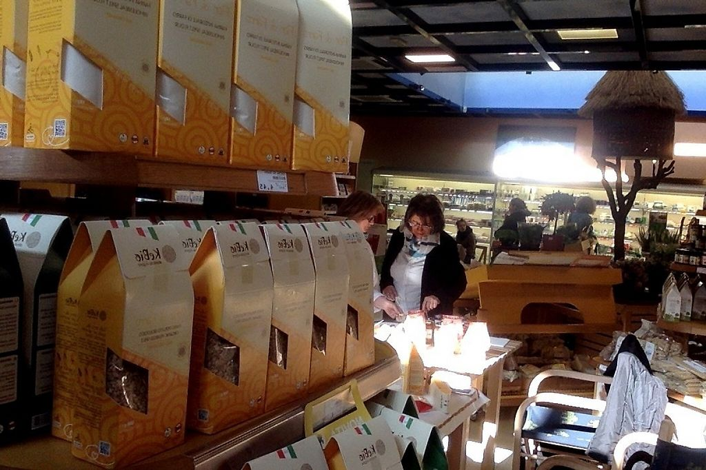 """Photo of Centro Botanico  by <a href=""""/members/profile/casa%20sangam"""">casa sangam</a> <br/>Organic shop with fresh and dry products including Kebio santa pasta special product <br/> March 25, 2017  - <a href='/contact/abuse/image/12102/240776'>Report</a>"""