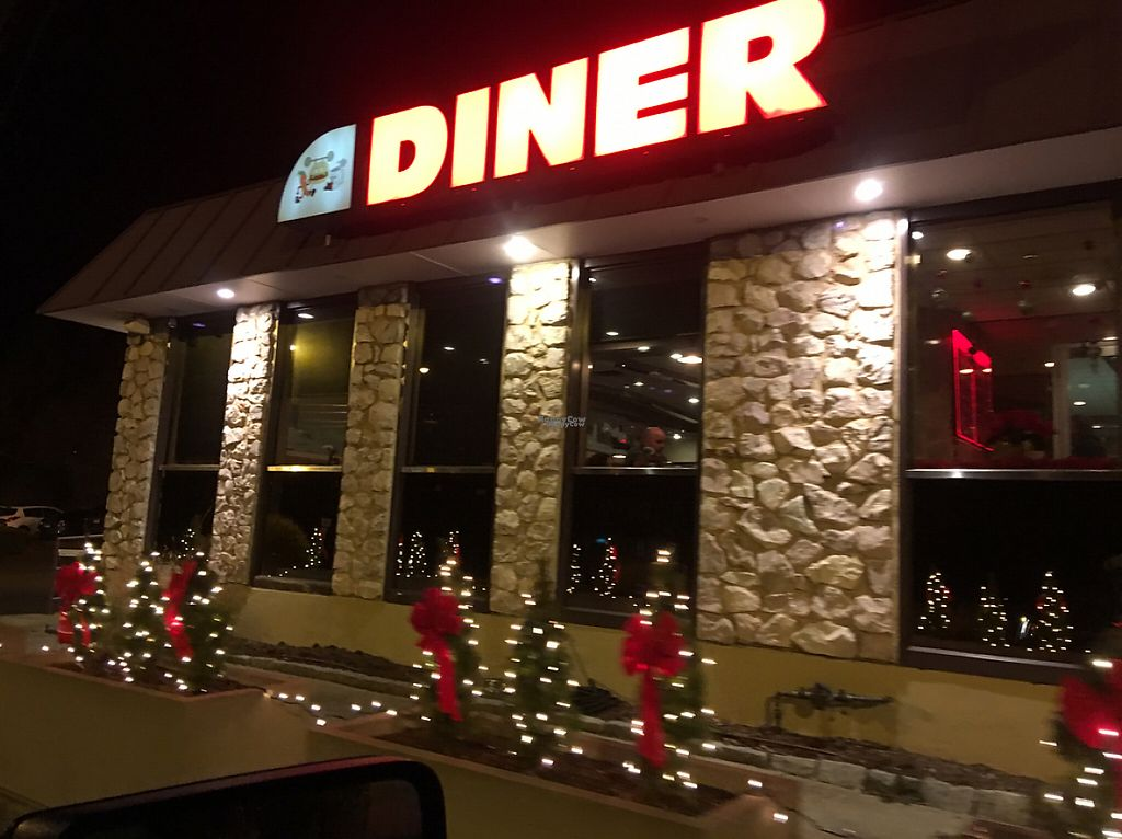 """Photo of Shoreline Diner and Vegetarian Enclave  by <a href=""""/members/profile/Stacie99"""">Stacie99</a> <br/>front <br/> December 15, 2016  - <a href='/contact/abuse/image/12117/201412'>Report</a>"""