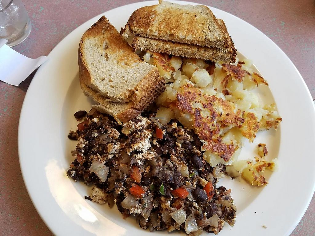"""Photo of Shoreline Diner and Vegetarian Enclave  by <a href=""""/members/profile/Katyathevegan"""">Katyathevegan</a> <br/>Southwestern tofu scramble <br/> September 4, 2017  - <a href='/contact/abuse/image/12117/300802'>Report</a>"""