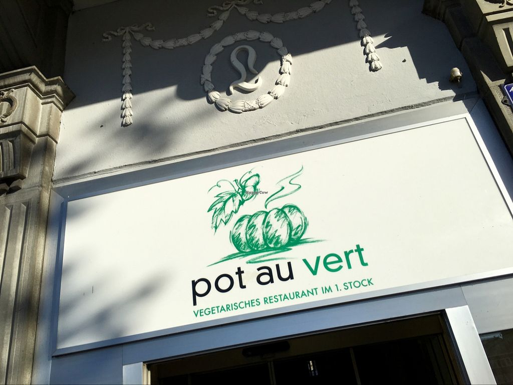 """Photo of Pot au Vert  by <a href=""""/members/profile/marky_mark"""">marky_mark</a> <br/>front <br/> November 6, 2015  - <a href='/contact/abuse/image/1216/124078'>Report</a>"""