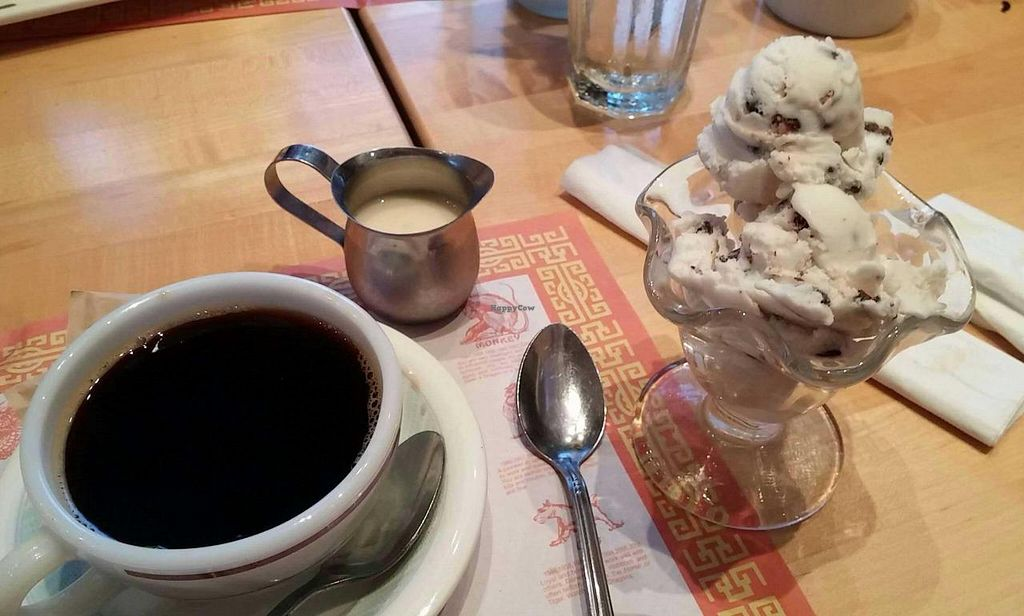 "Photo of Sunflower Vegetarian Restaurant  by <a href=""/members/profile/HarryTheVegan"">HarryTheVegan</a> <br/>Dessert! Vanilla Almond Bark ice cream and Grain coffee with soymilk sweetener. Yum! <br/> June 20, 2015  - <a href='/contact/abuse/image/12232/106649'>Report</a>"