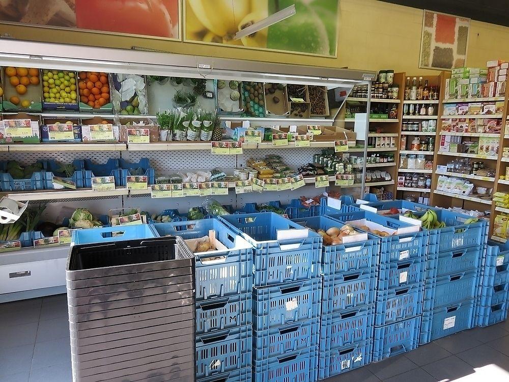 "Photo of Biomarkt  by <a href=""/members/profile/TrudiBruges"">TrudiBruges</a> <br/>a look inside Biomarkt, Kortrijk <br/> November 20, 2017  - <a href='/contact/abuse/image/12517/327505'>Report</a>"