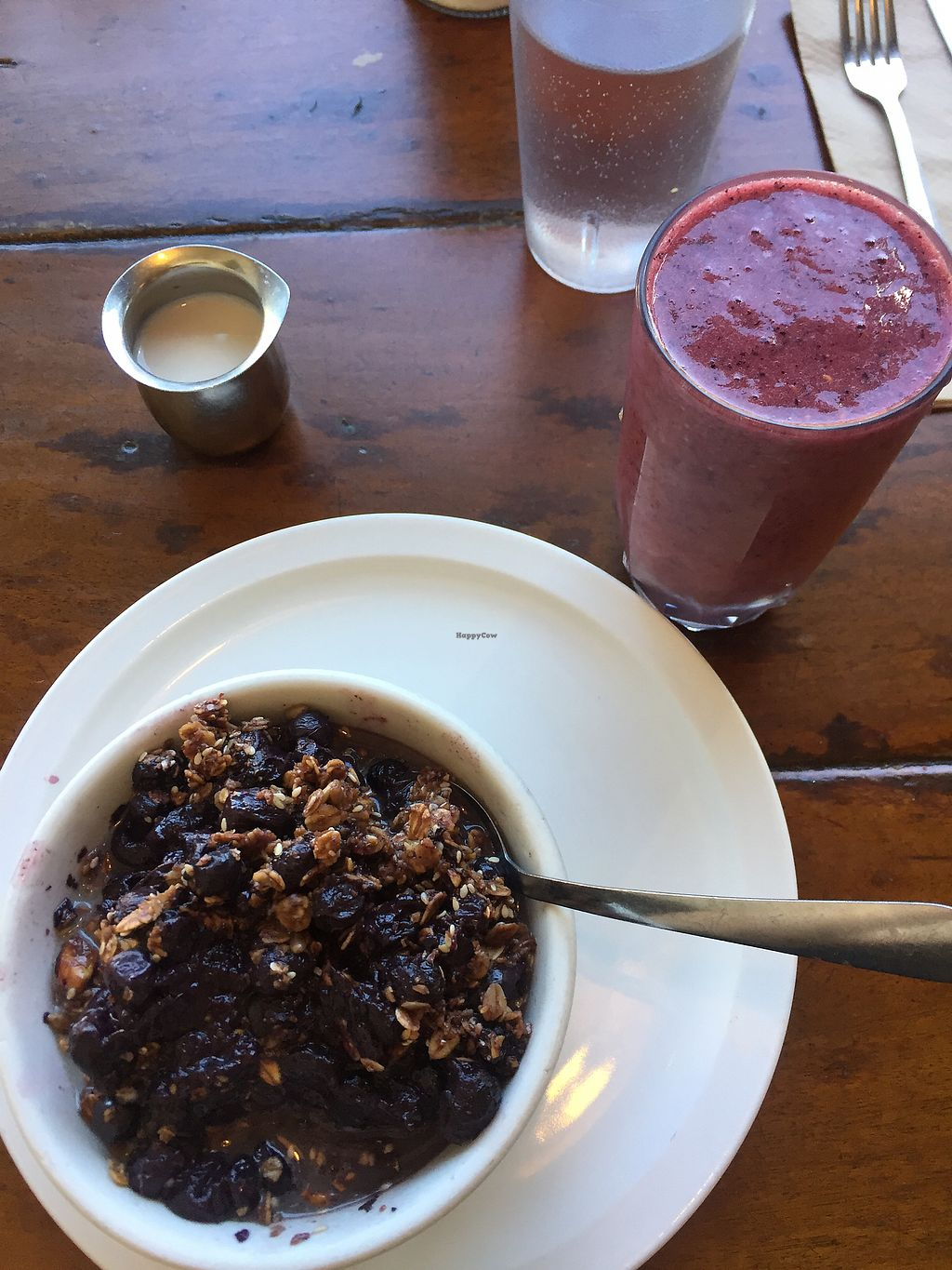 "Photo of The Naam  by <a href=""/members/profile/queendotkong"">queendotkong</a> <br/>granola and smoothie  <br/> June 28, 2017  - <a href='/contact/abuse/image/1269/274419'>Report</a>"