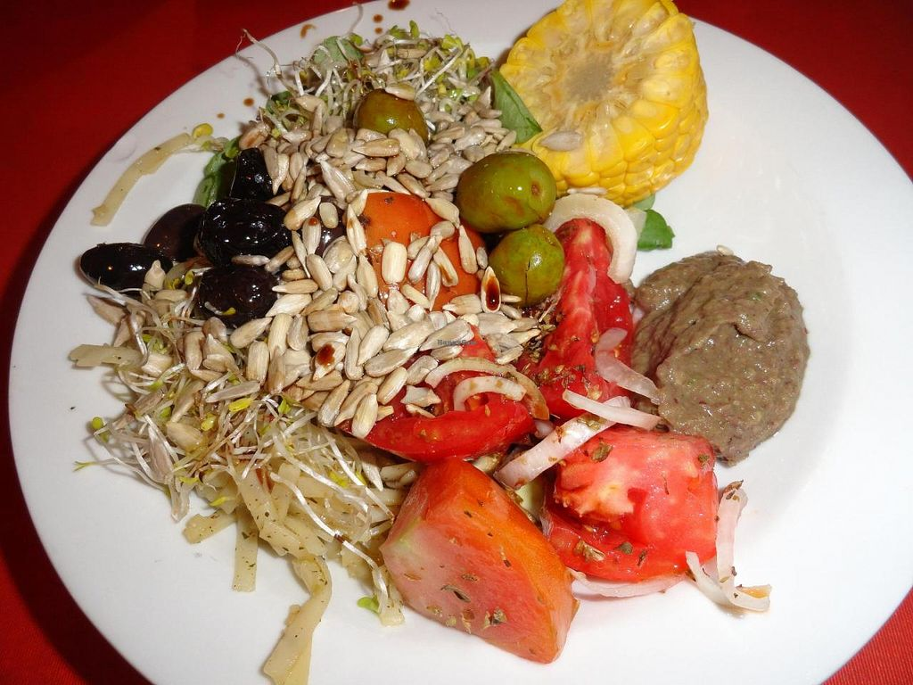 """Photo of L'Hortet  by <a href=""""/members/profile/JonJon"""">JonJon</a> <br/>Mixed salad <br/> August 4, 2014  - <a href='/contact/abuse/image/12712/75957'>Report</a>"""