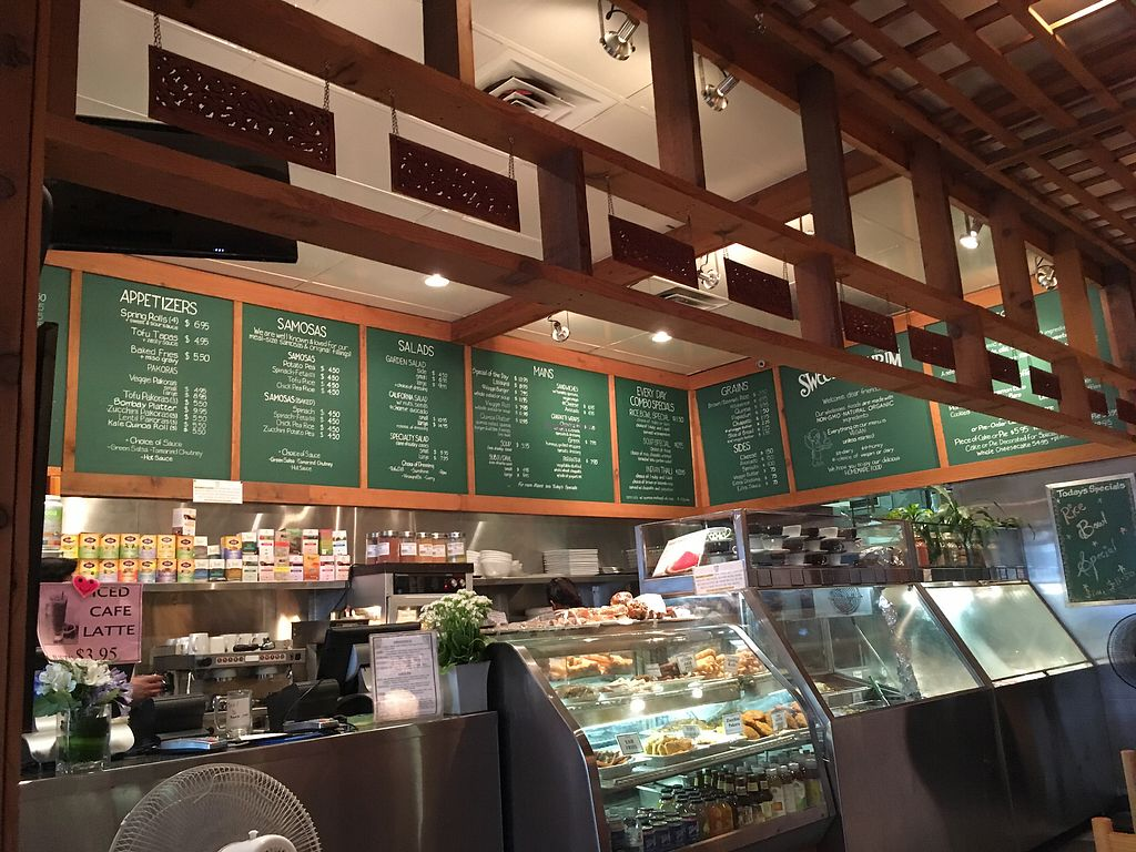 """Photo of Sweet Cherubim Restaurant and Bakery  by <a href=""""/members/profile/P%40ulie"""">P@ulie</a> <br/>the vibe <br/> July 11, 2017  - <a href='/contact/abuse/image/1272/279012'>Report</a>"""