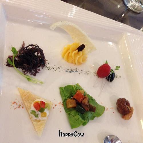 """Photo of SU French Healthy Eatery  by <a href=""""/members/profile/tokyoeric"""">tokyoeric</a> <br/>Appetizers <br/> December 20, 2012  - <a href='/contact/abuse/image/12911/41769'>Report</a>"""