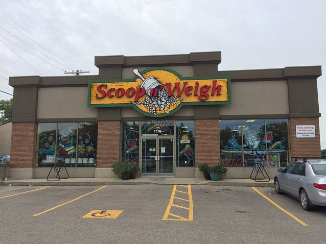 "Photo of Scoop 'n Weigh Bulk Foods  by <a href=""/members/profile/PrairieEarth1"">PrairieEarth1</a> <br/>Scoop n' Weigh, Winnipeg <br/> August 31, 2016  - <a href='/contact/abuse/image/1292/172711'>Report</a>"