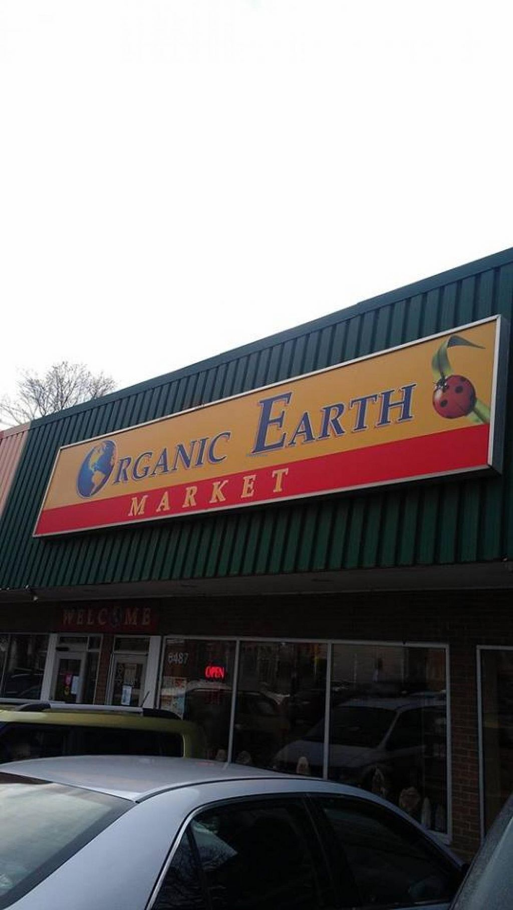 "Photo of Organic Earth Market  by <a href=""/members/profile/QuothTheRaven"">QuothTheRaven</a> <br/>New store <br/> January 26, 2014  - <a href='/contact/abuse/image/1296/63165'>Report</a>"