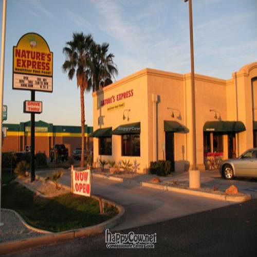 """Photo of CLOSED: Nature's Express  by <a href=""""/members/profile/Veganryche"""">Veganryche</a> <br/> April 11, 2011  - <a href='/contact/abuse/image/13018/8159'>Report</a>"""
