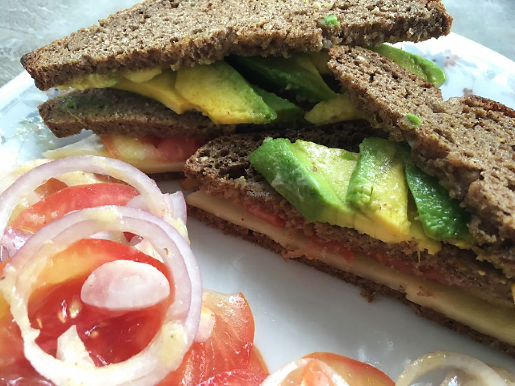 """Photo of Jina's  by <a href=""""/members/profile/JohannaSnaggletooth"""">JohannaSnaggletooth</a> <br/>clubsandwich with avocado, tomato and cheese served with chips (wich were on an other plate) <br/> December 12, 2016  - <a href='/contact/abuse/image/13220/200127'>Report</a>"""