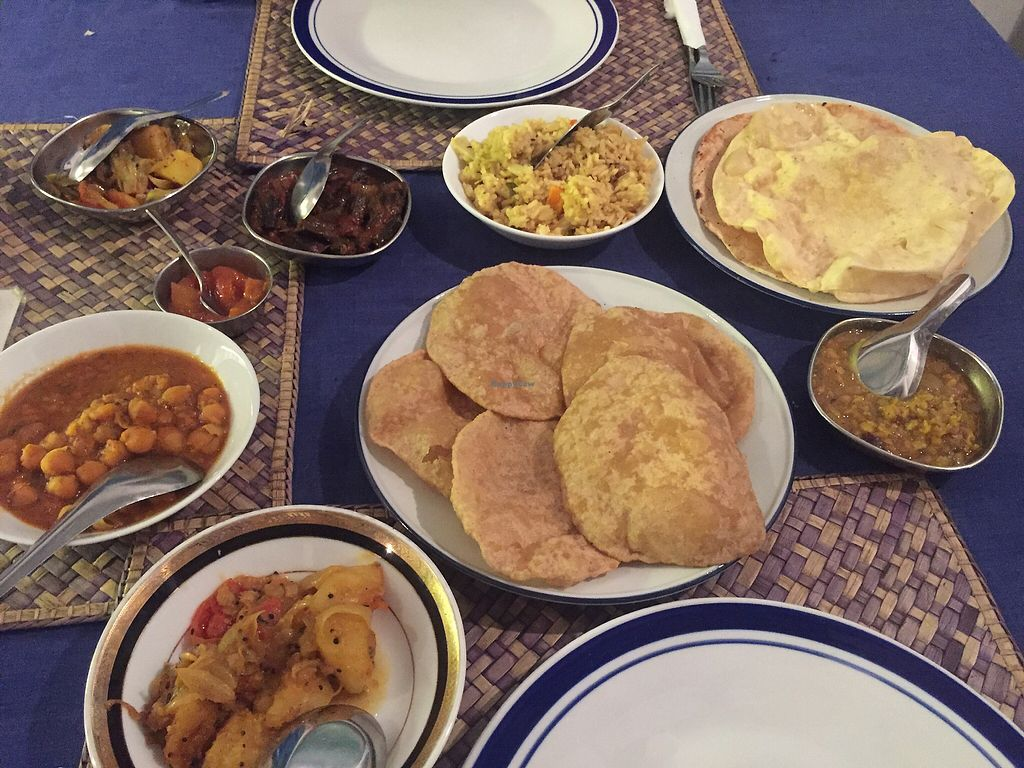 """Photo of Jina's  by <a href=""""/members/profile/meislnicoline"""">meislnicoline</a> <br/>Two of the Indian dishes <br/> April 9, 2018  - <a href='/contact/abuse/image/13220/382969'>Report</a>"""