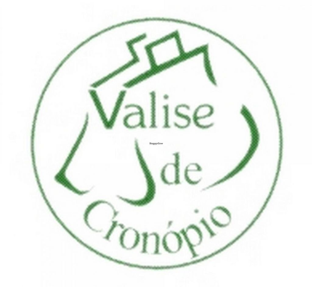 """Photo of Valise de Cronopio  by <a href=""""/members/profile/community"""">community</a> <br/>Valise de Cronopio  <br/> April 26, 2015  - <a href='/contact/abuse/image/13370/100306'>Report</a>"""