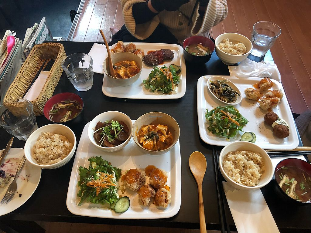 "Photo of Nagi Shokudo  by <a href=""/members/profile/FionaLe"">FionaLe</a> <br/>Meal sets come with miso soup, brown rice and a choice of three sides <br/> December 12, 2017  - <a href='/contact/abuse/image/13435/334852'>Report</a>"