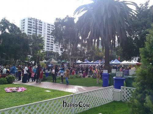 """Photo of Farmer's Market - Main St  by <a href=""""/members/profile/eric"""">eric</a> <br/>Farmers market <br/> December 30, 2012  - <a href='/contact/abuse/image/13860/42093'>Report</a>"""