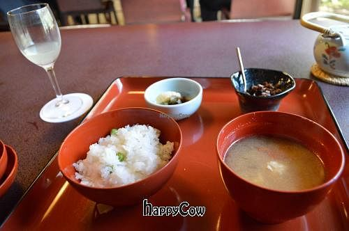 "Photo of Hachinoki  by <a href=""/members/profile/Shauna333"">Shauna333</a> <br/>Final bowls of the Sakura set, including rice and miso <br/> April 28, 2013  - <a href='/contact/abuse/image/13870/47462'>Report</a>"
