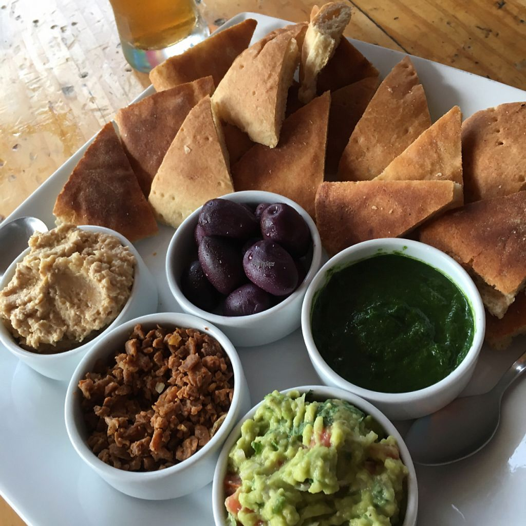 """Photo of Angela's Place  by <a href=""""/members/profile/vegancheeks"""">vegancheeks</a> <br/>piguio vegetariano with 5 dips <br/> January 8, 2017  - <a href='/contact/abuse/image/13889/209634'>Report</a>"""