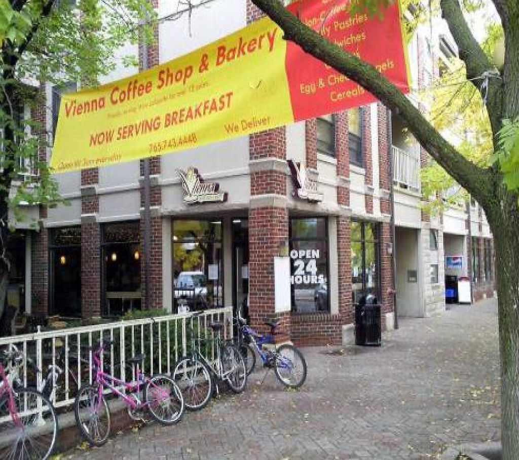 """Photo of Vienna Espresso Bar and Bakery  by <a href=""""/members/profile/happycowgirl"""">happycowgirl</a> <br/>exterior <br/> October 10, 2011  - <a href='/contact/abuse/image/13947/192012'>Report</a>"""