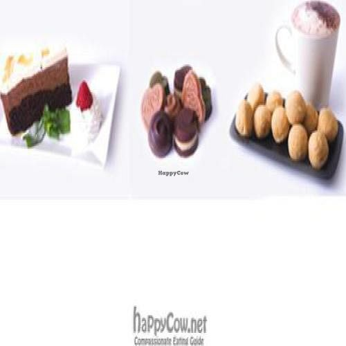 """Photo of CLOSED: InSpiral Lounge  by <a href=""""/members/profile/DomSpiral"""">DomSpiral</a> <br/>incredible vegan desserts <br/> October 12, 2009  - <a href='/contact/abuse/image/14026/2782'>Report</a>"""